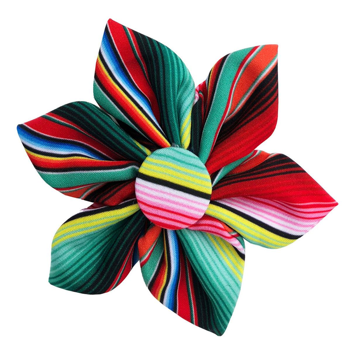 Huxley & Kent Pinwheel Dog Collar Attachment - Serape