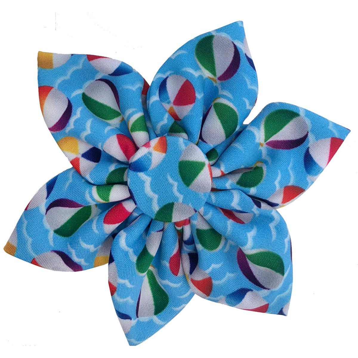 Huxley & Kent Pinwheel Dog and Cat Collar Attachment - Pool Party