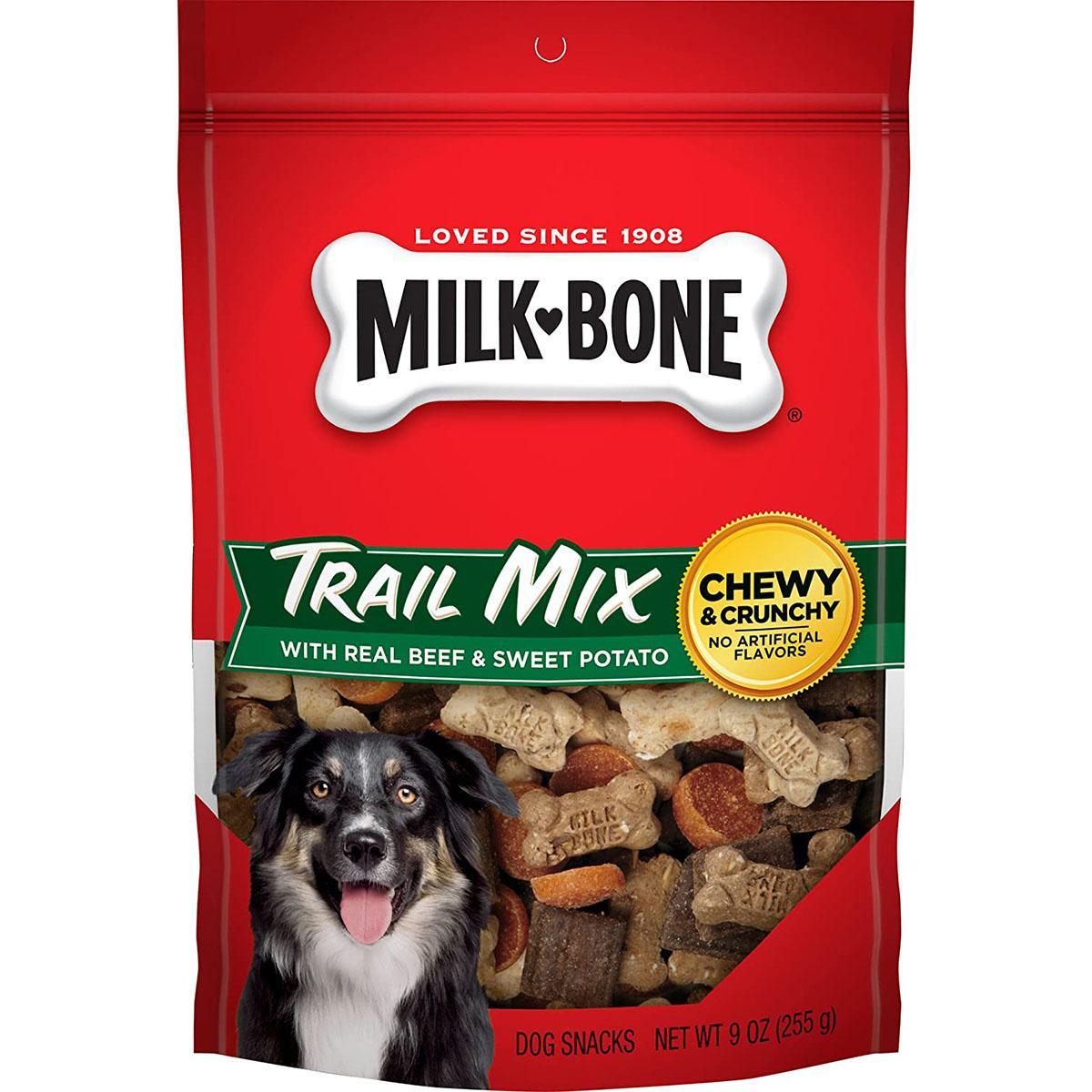 Milk-Bone Trail Mix with Real Beef & Sweet Potato Dog Treats