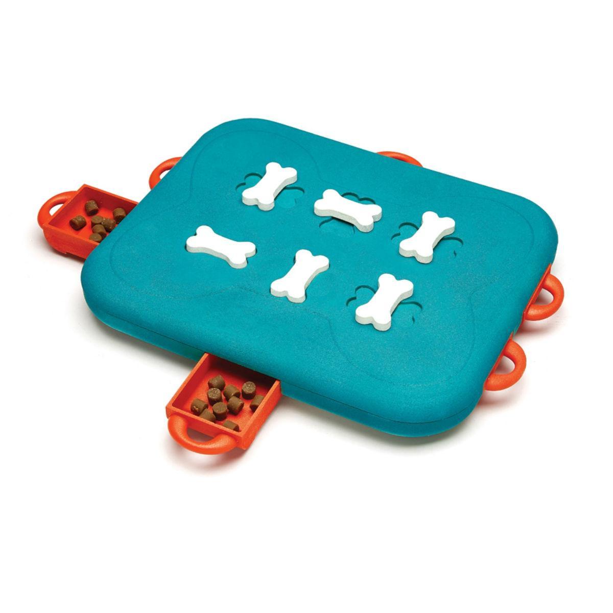 Nina Ottosson Puzzle Dog Toy - Casino