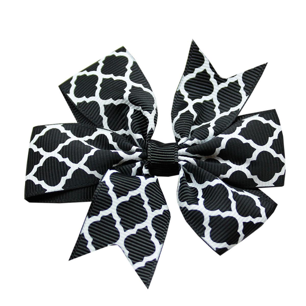 Quatrefoil Dog Bow - Black