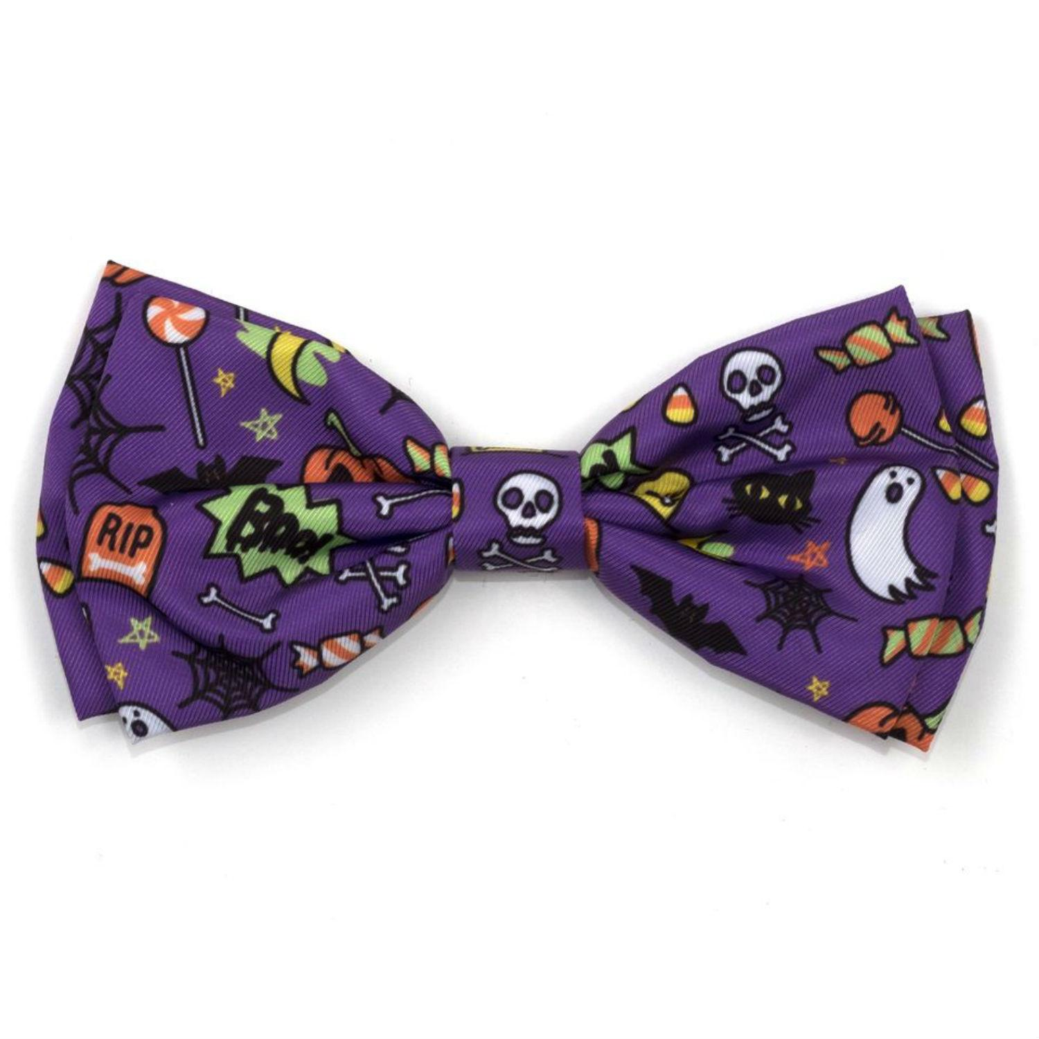 Worthy Dog Fright Night Dog and Cat Bow Tie Collar Attachment