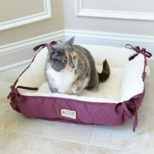 Armarkat Square Pet Bed - Burgundy/Ivory