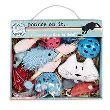 Cat is Good Pounce on It 12-Piece Gift Pack
