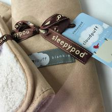 Cloudpuff Luxury Pet Blanket by Sleepypod - Champagne