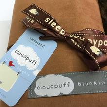 Cloudpuff Luxury Pet Blanket by Sleepypod - Chestnut
