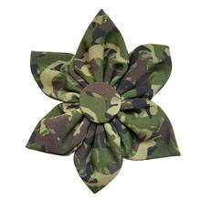 Huxley & Kent Pinwheel Dog and Cat Collar Attachment - Camo Dogs Green