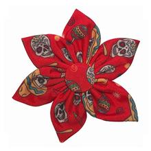 Huxley & Kent Pinwheel Dog Collar Attachment - Red Skulls
