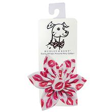 Huxley & Kent Pinwheel Pet Collar Attachment - Kisses